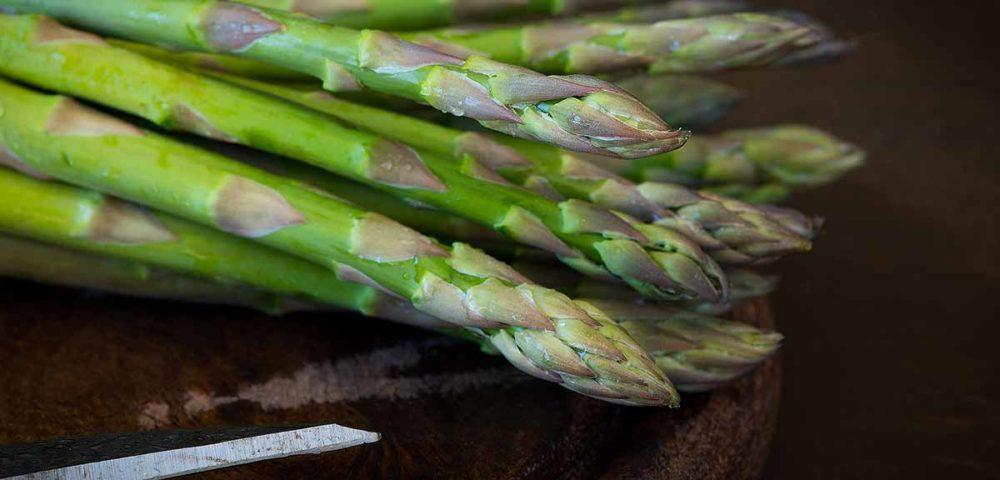 frutta e verdura di stagione ricette vegetariane asparagi